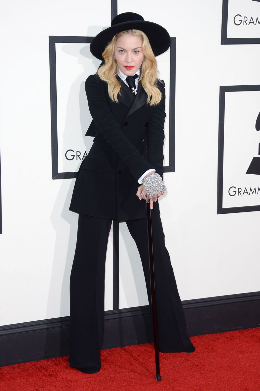 Oh Madge...no, no, no.  At your age, try to look elegant and classy, not cartoon-like.