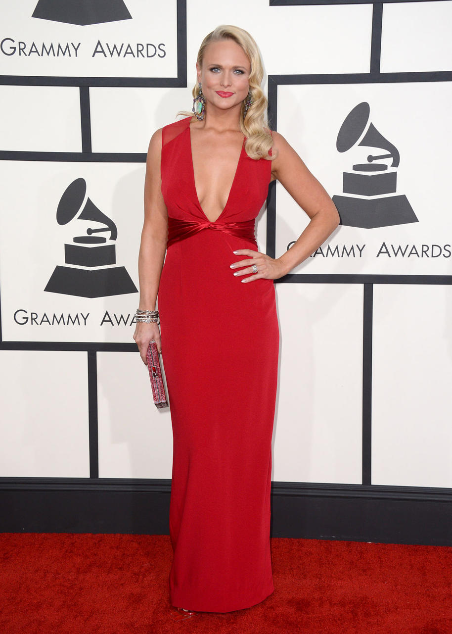 Miranda Lambert looking stunning!!!  She's lost a few pounds and red looks phenomenal on her.  Old Hollywood Glamour at the Grammy's.