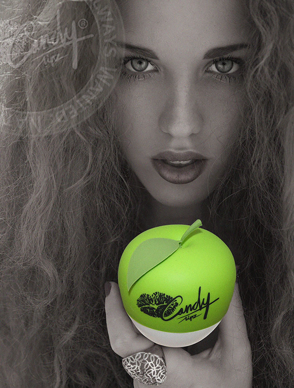 CandyLipz_Model_with-Apple-2
