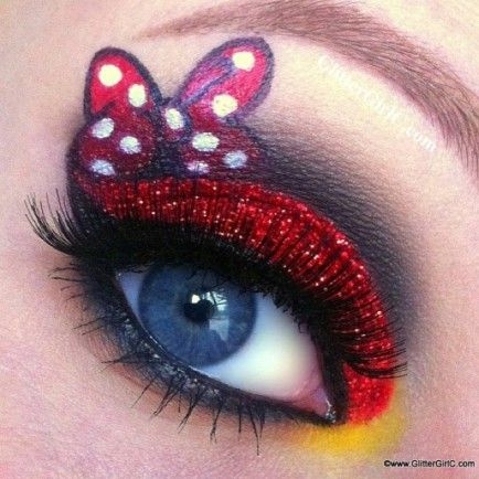 More fun Minnie makeup